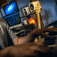 session-musician-pic-min